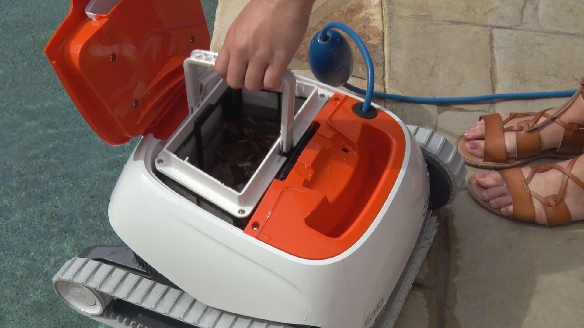 Echo robotic cleaner filter