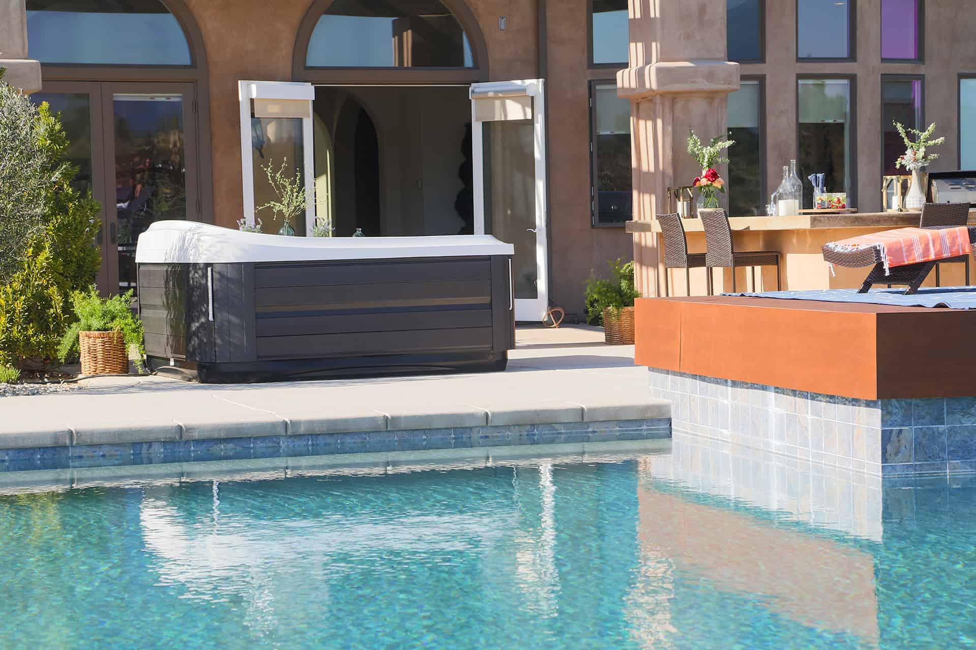Hot tub and pool backyard setup in Ocala Florida